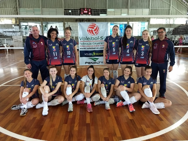 BLUVOLEI VENCE ETAPA DO ESTADUAL ADULTO